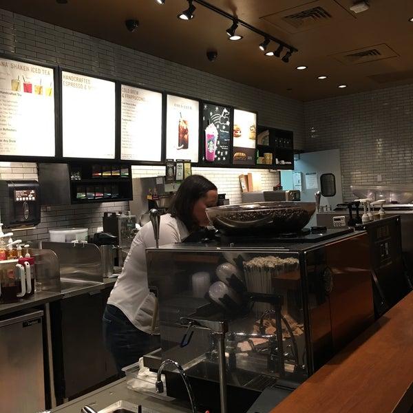 Photo taken at Starbucks by Gabriel G. on 4/19/2017