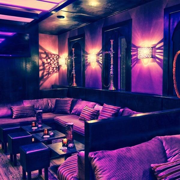 photos at deuces shisha lounge hookah bar in innere stadt. Black Bedroom Furniture Sets. Home Design Ideas