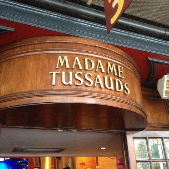 Photo taken at Madame Tussauds by Nalan on 10/21/2012