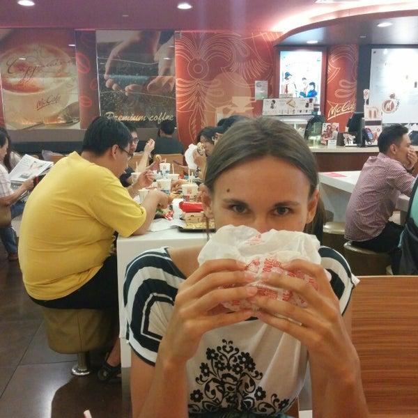 Photo taken at McDonald's / McCafé by Ivan on 2/7/2015