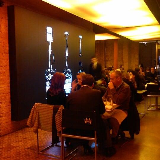 Foto tomada en Fàbrica Moritz Barcelona por Cris I. el 12/28/2012
