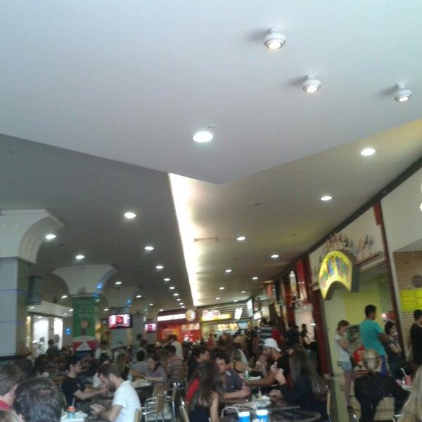 Foto tirada no(a) JL Shopping por Moacyr S. em 3/30/2014