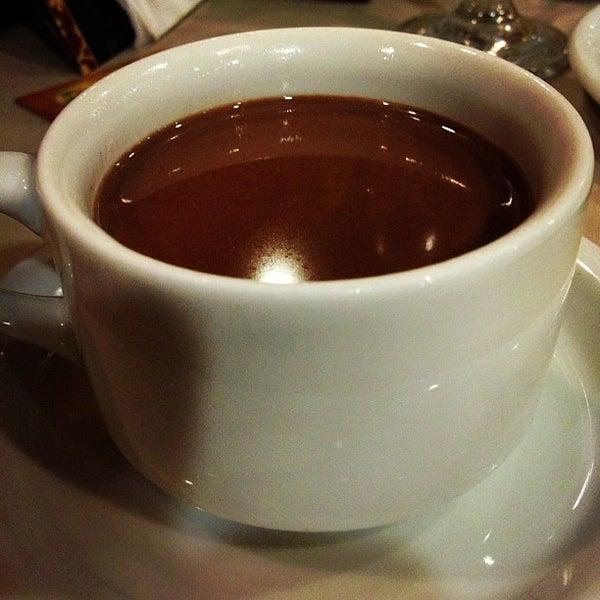 Foto tirada no(a) Bela Vista Café Colonial por Andrezza C. em 10/12/2012
