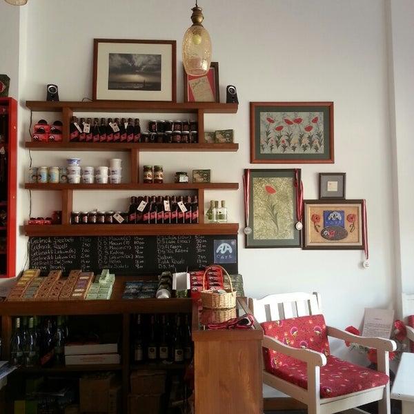 7/6/2013 tarihinde cihan y.ziyaretçi tarafından Ada Cafe'de çekilen fotoğraf