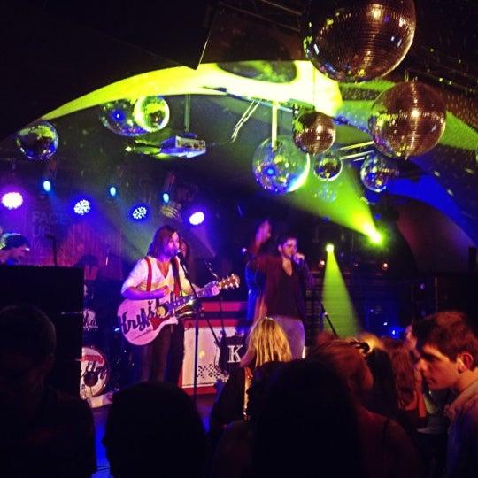 Снимок сделан в Music Bar Phenomen пользователем David 11/9/2012