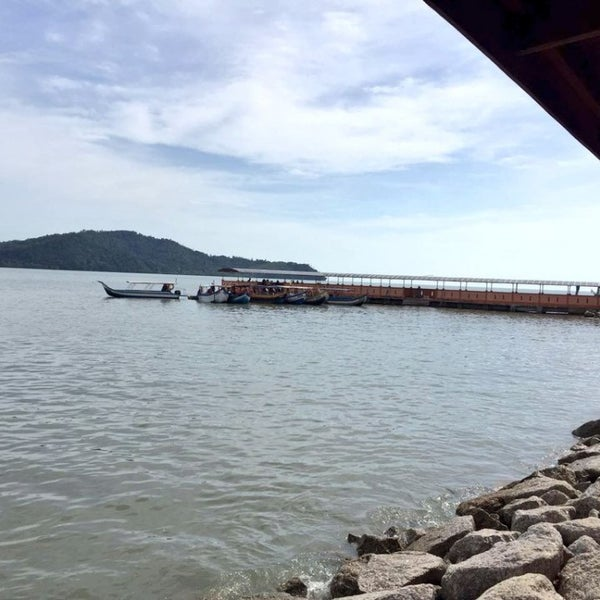 Photo taken at Tanjung Dawai by Fatiha F. on 7/10/2016