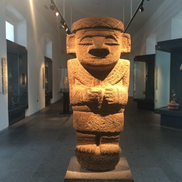 Foto tirada no(a) Museo Chileno de Arte Precolombino por Priscila R. em 11/10/2015