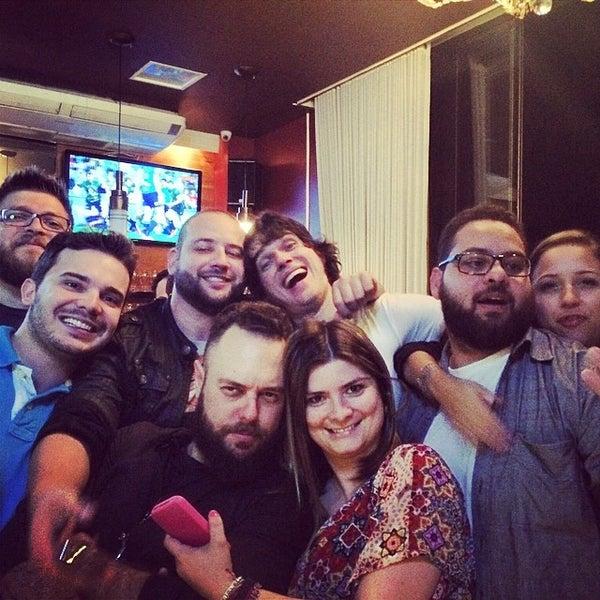 Foto tirada no(a) Mr. Pub por Fabio C. em 4/20/2014