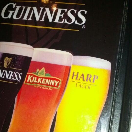 Foto tomada en Hurley's Irish Pub por Martin D. el 11/9/2012