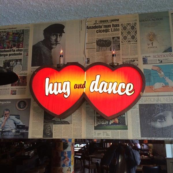 Photo taken at Cafe Lombok by Joop K. on 4/11/2014