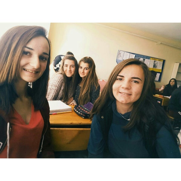 Photo taken at küplü çok programlı anadolu lisesi by Cennet . on 12/21/2015