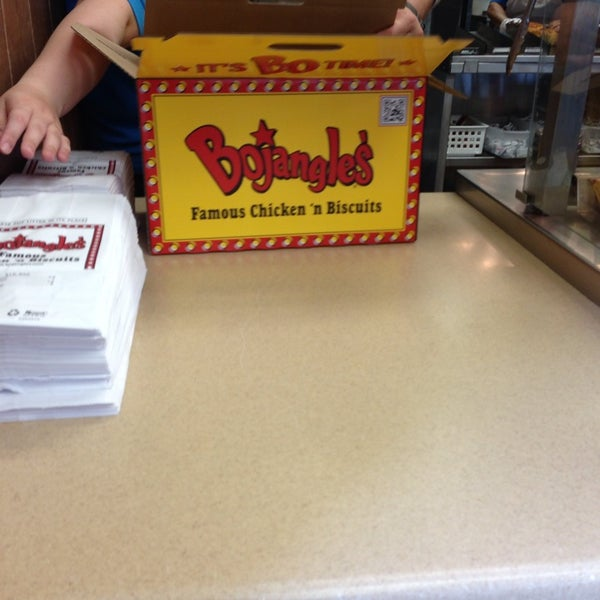 Photo taken at Bojangles' Famous Chicken 'n Biscuits by Olivia M. on 6/8/2013