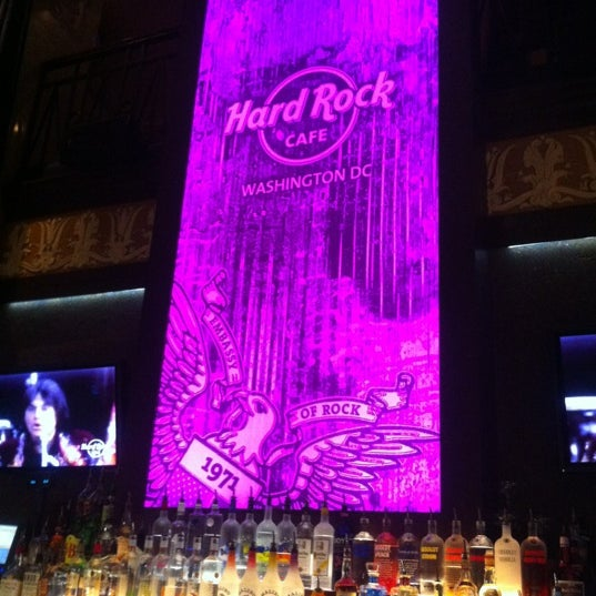 Photo taken at Hard Rock Cafe Washington DC by Antonis T. on 10/20/2012
