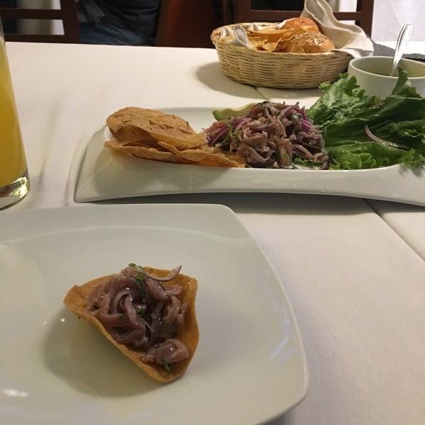 Foto tomada en Testal - Cocina Mexicana de Origen por Dhanraj K. el 10/28/2017