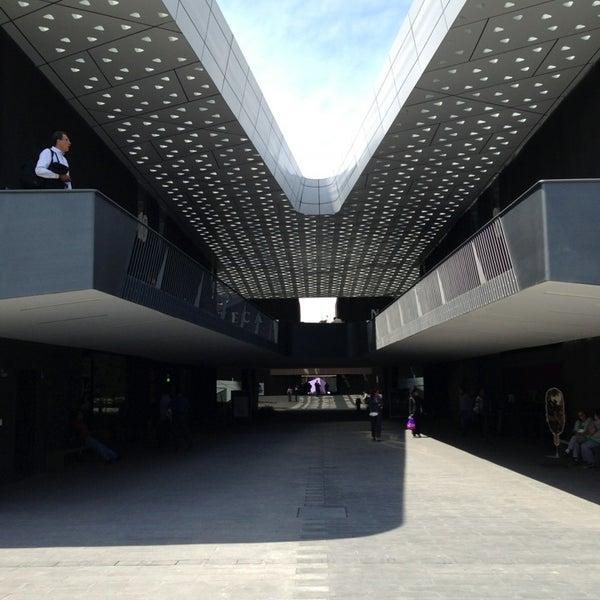 Foto tomada en Cineteca Nacional por Emilio el 5/29/2013