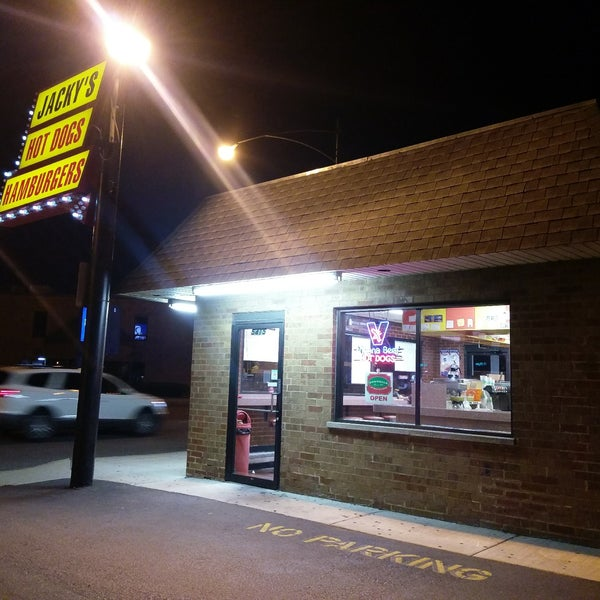 Jacky 39 s hot dogs american restaurant in chicago for American cuisine chicago