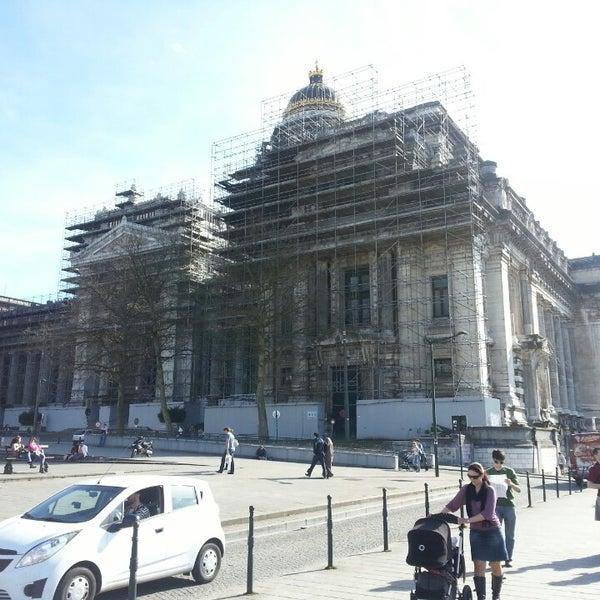 Photo taken at Justitiepaleis / Palais de Justice by Boris M. on 4/14/2013
