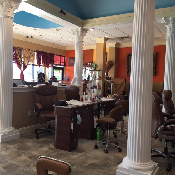 Photo taken at Beauty Touch Spa by Kathie H. on 3/22/2017