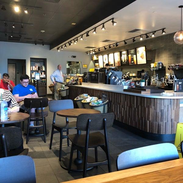 5/25/2018에 Kathie H.님이 Starbucks에서 찍은 사진