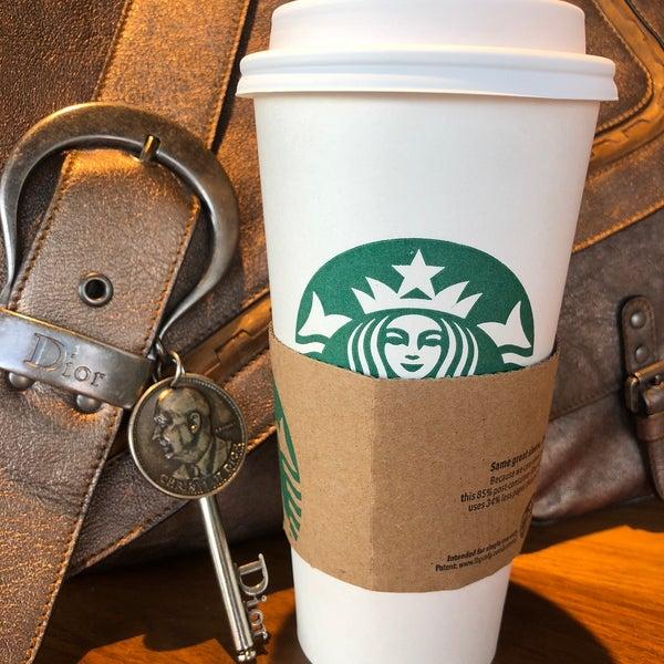 4/18/2018에 Kathie H.님이 Starbucks에서 찍은 사진