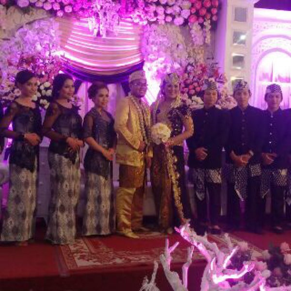Fotos em ayudha event contractor outro evento daftar harga layanan jasa ayudha wedding event t 022 92910999 wedding di bandung junglespirit Image collections