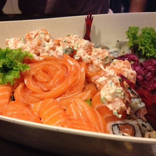 Foto tirada no(a) Hachi Japonese Food por Selma S. em 9/19/2012