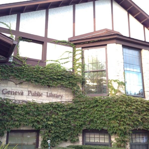 Das Foto wurde bei Geneva Public Library District von Kevin A. am 10/1/2015 aufgenommen