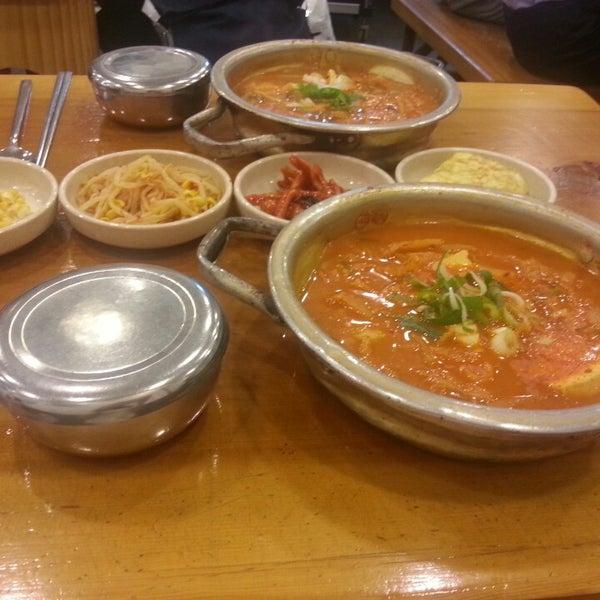 8/12/2014에 Youn K.님이 김북순 큰남비집에서 찍은 사진