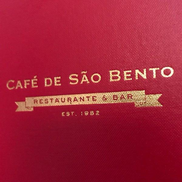 Снимок сделан в Café de São Bento пользователем Josh F. 9/9/2017
