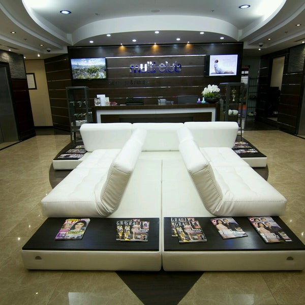 Dreamworks spa wellness massage centre dubai 39 de masaj for 7 shades salon dubai