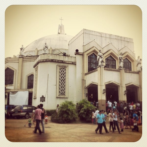Photo taken at National Shrine of Our Lady of Peace and Good Voyage (Antipolo Cathedral) by Nelson C. on 1/27/2013