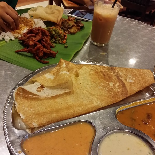 Tosai Masala & Banana leaf rice is so good. Don't forget the Teh Tarik...so creamy