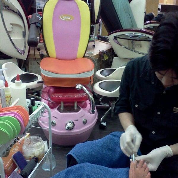 4 seasons nail salon spa in wauwatosa for 4 season nail salon