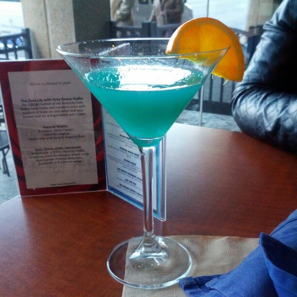 Photo taken at Bigg Blue Martini by John G. on 2/16/2013