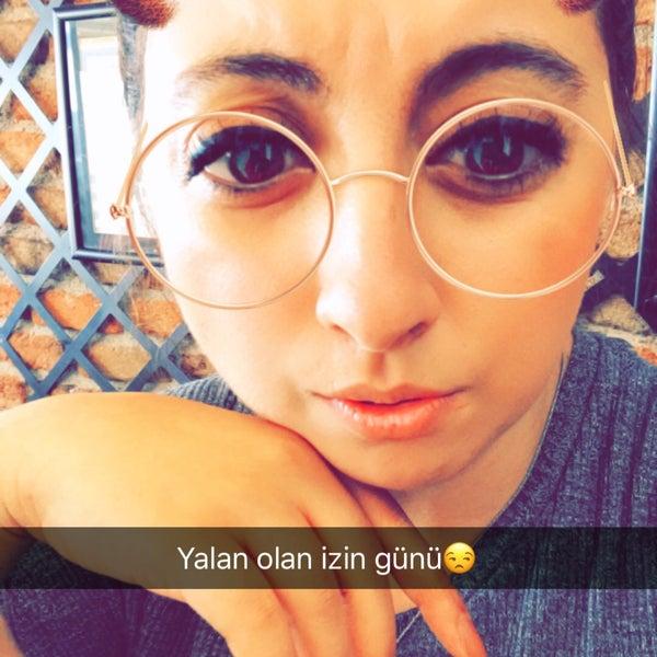 Foto tomada en DAYI por Ayşe E. el 8/14/2017
