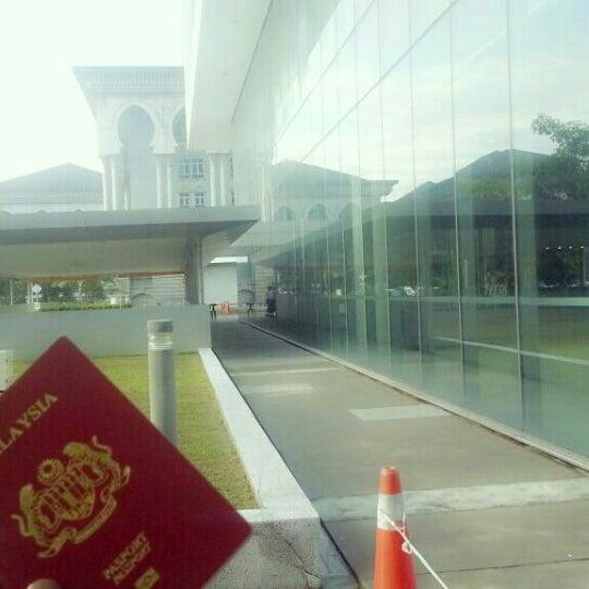 Photo taken at Jabatan Imigresen Malaysia by imran h. on 11/30/2015