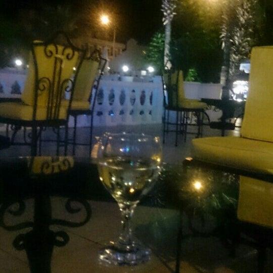 Foto scattata a Sinatra Hotel da Лилия Д. il 7/31/2016