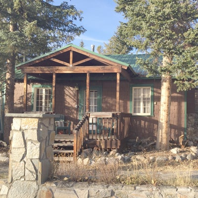 Four Charming Vacation Rental Cabins In The Heart Of Grand Lake, Colorado.  Offering Bookings