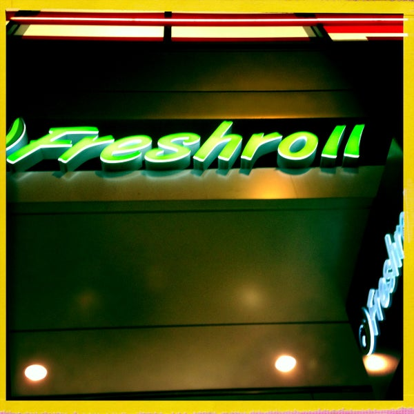 Photo taken at Freshroll Vietnamese Rolls & Bowls by Mario S. on 4/17/2013