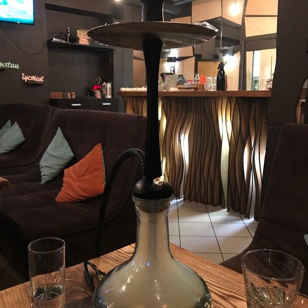 Снимок сделан в Lounge Bar GUSTOÚ | ГУСТОЙ пользователем Татьяна В. 7/10/2017