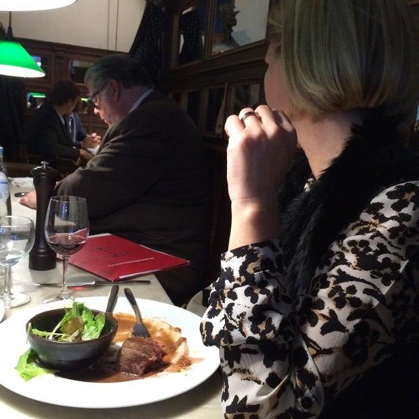 Photo prise au Restaurant de l'Ogenblik par Maxim W. le12/10/2015
