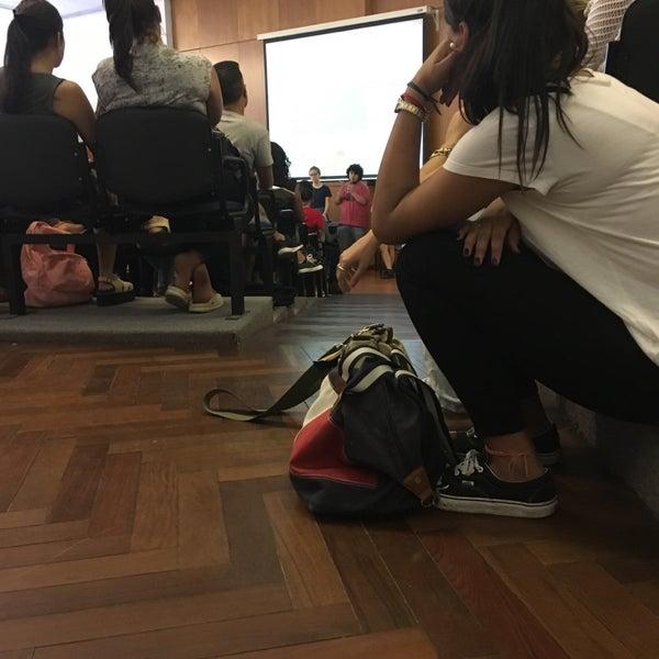 Foto tomada en Facultad de Psicología - Udelar por Carla S. el 3/6/2017