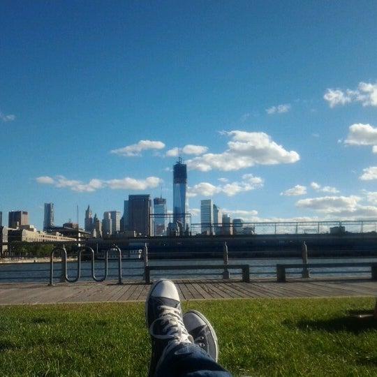 Das Foto wurde bei Hudson River Park von Matthias W. am 9/23/2012 aufgenommen