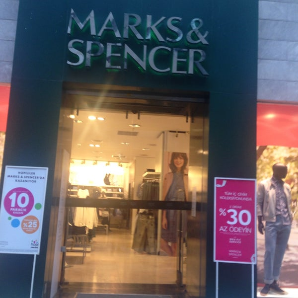 recruitment and selection practice in marks and spencer Marks and spencer over the last 132 years, m&s has grown from a single market stall to become an international multi-channel retailer we now operate in over 59 territories worldwide and employ almost 83,000 people.