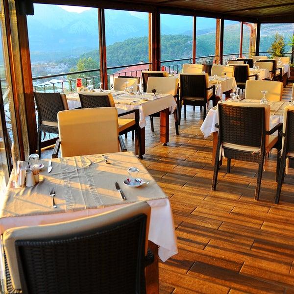 Photo taken at Körfez Aşiyan Restaurant by Körfez Aşiyan Restaurant on 2/29/2016
