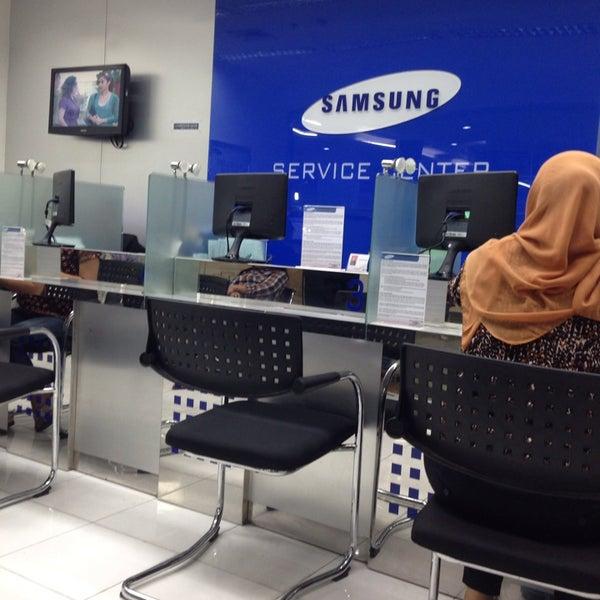 Mobile service center software