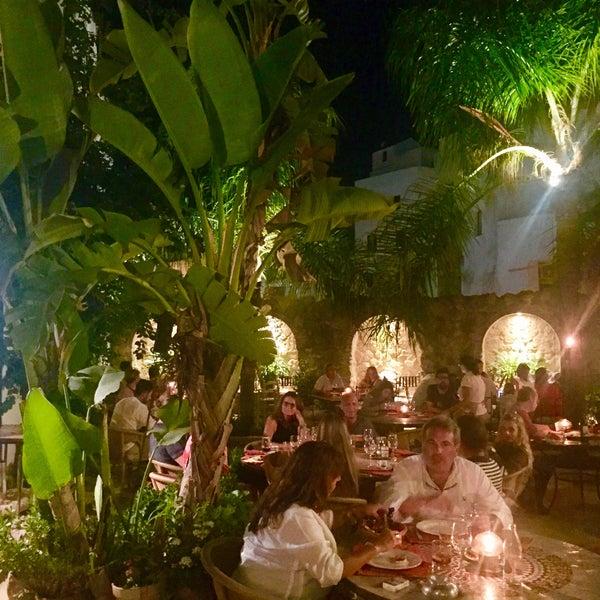 El jard n del califa moroccan restaurant for El jardin del califa precios