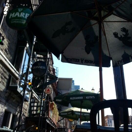 Foto tomada en Hurley's Irish Pub por Mark M. el 9/27/2012