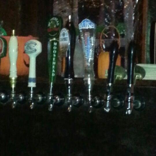 Foto tomada en Hurley's Irish Pub por Mark M. el 10/13/2012