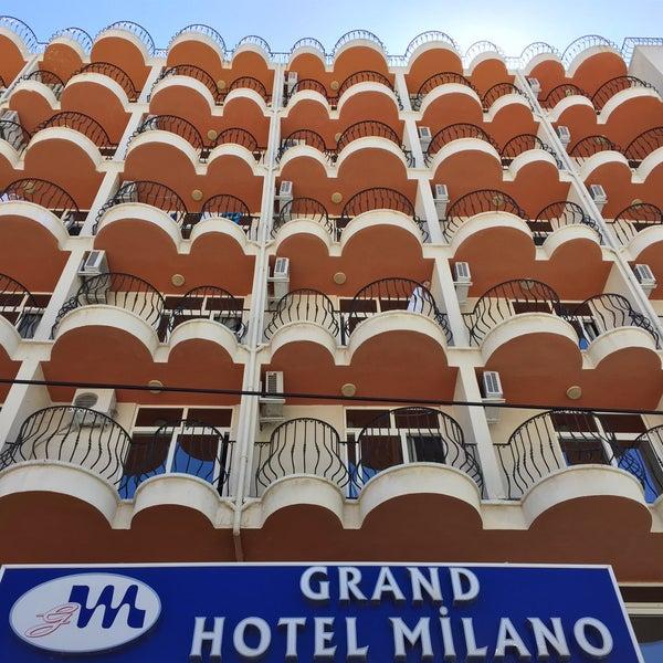 7/21/2015 tarihinde Gizem S.ziyaretçi tarafından Hotel Grand Milano'de çekilen fotoğraf